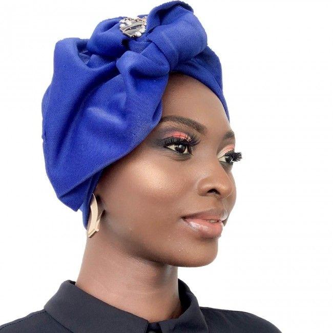 Izzy Coiffe Kenza blue Turban ready to pose